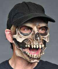 Skull with cap mask-latex
